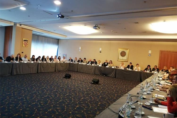 Sudjelovali smo na sastanku MRRFEU-a sa županima i regionalnim koordinatorima