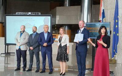 Tehnička škola Karlovac potpisala Ugovore o bespovratnim sredstvima vrijedne 60 milijuna kuna za nastavak Uspostave Regionalnih centara kompetentnosti