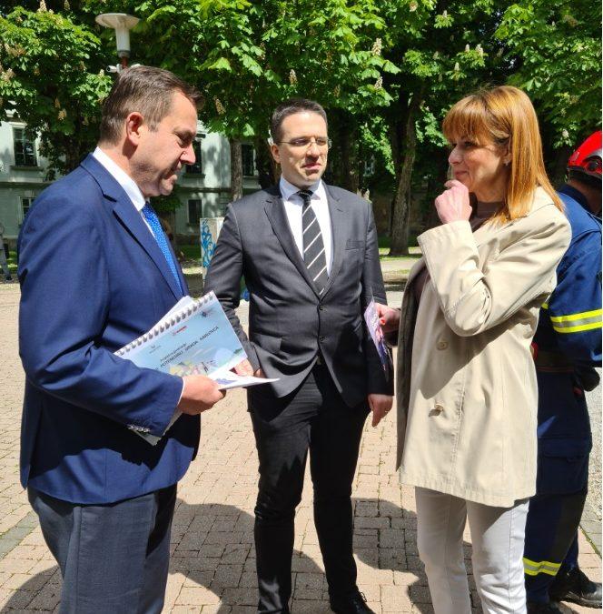 Voditelju Predstavništva Europske komisije u RH i europarlamentarcu g. Tomislavu Sokolu, predstavljena dva strateška projekta Karlovačke županije, GeotermiKA i Dodir civilizacija